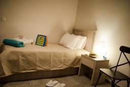 Спальня 2. Греция, Превели : Современная вилла с бассейном и видом на море, 2 спальни, 2 ванные комнаты, парковка, Wi-Fi