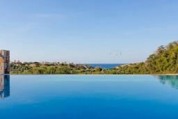 Бассейн. Греция, Сиси : Роскошная вилла с бассейном и двориком с барбекю, 6 спален, 4 ванные комнаты, парковка, Wi-Fi