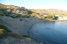 Пляж Агиос Павлос в Аделе