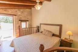 Спальня 2. Греция, Ретимно : Прекрасный каменный дом с бассейном и двориком с барбекю, 4 спальни, 3 ванные комнаты, парковка, Wi-Fi