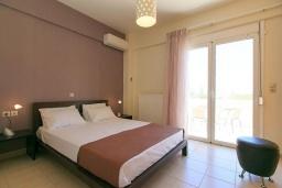 Спальня 2. Греция, Ретимно : Прекрасная вилла с бассейном и двориком с барбекю, 3 спальни, 2 ванные комнаты, парковка, Wi-Fi