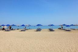 Ближайший пляж. Греция, Аделе : Шикарная вилла с бассейном и видом на море, 2 спальни, 2 ванные комнаты, зеленый сад, барбекю, парковка, Wi-Fi