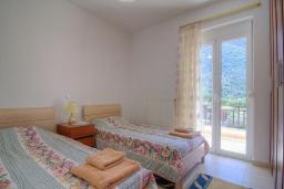Спальня 2. Греция, Бали : Современная вилла с бассейном и барбекю, 3 спальни, 2 ванные комнаты, парковка, Wi-Fi