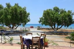 Ближайший пляж. Греция, Каливес : Роскошная вилла с бассейном и шикарным видом на море, 150 метров до пляжа, 2 спальни, 2 ванные комнаты, барбекю, парковка, Wi-Fi