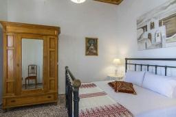Спальня 2. Греция, Коккино Хорио : Прекрасная вилла с бассейном и зеленым двориком с барбекю, 3 спальни, 2 ванные комнаты, парковка, Wi-Fi