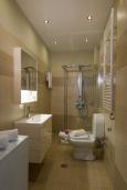 Ванная комната. Греция, Аделе : Шикарная вилла с бассейном и зеленым двориком, 3 спальни, 2 ванные комнаты, барбекю, парковка, Wi-Fi
