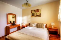 Спальня 2. Греция, Сиси : Роскошная вилла с бассейном и зеленым двориком, 6 спален, 2 ванные комнаты, барбекю, парковка, Wi-Fi