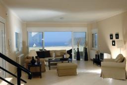 Гостиная. Греция, Милатос : Современная вилла с бассейном и двориком с барбекю, 3 спальни, 2 ванные комнаты, парковка, Wi-Fi