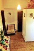 Гостиная. Греция, Иерапетра : Апартамент в комплексе с бассейном и в 100 метрах от пляжа, с гостиной, отдельной спальней и балконом
