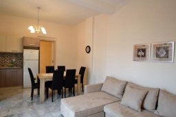 Гостиная. Греция, Ретимно : Роскошная апартамент с гостиной, тремя спальнями, двумя ванными комнатами и балконом