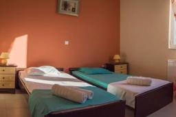Спальня 3. Греция, Бали : Прекрасная вилла с бассейном и двориком с барбекю, 3 спальни, 2 ванные комнаты, парковка, Wi-Fi