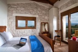 Спальня 3. Греция, Коккини Хани : Прекрасная вилла с бассейном и зеленым двориком, 3 спальни, 2 ванные комнаты, парковка, Wi-Fi