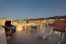 Терраса. Греция, Ретимно : Дом в центре Старого города Ретимноса с террасой на крыше, 2 спальни, барбекю, Wi-Fi
