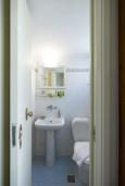 Туалет. Греция, Ретимно : Дом в центре Старого города Ретимноса с террасой на крыше, 2 спальни, барбекю, Wi-Fi