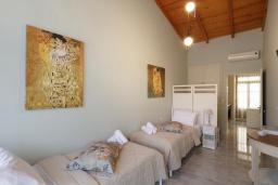 Спальня 2. Греция, Ретимно : Дом в центре Старого города Ретимноса с террасой на крыше, 2 спальни, барбекю, Wi-Fi