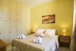 Спальня. Греция, Ретимно : Дом в центре Старого города Ретимноса с террасой на крыше, 2 спальни, барбекю, Wi-Fi