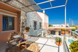 Балкон. Греция, Аделе : Роскошная вилла с бассейном и двориком с барбекю, 5 спален, 5 ванных комнат, Wi-Fi