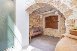 Терраса. Греция, Аделе : Роскошная вилла с бассейном и двориком с барбекю, 5 спален, 5 ванных комнат, Wi-Fi