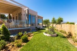 Территория. Греция, Скалета : Прекрасная вилла с бассейном и джакузи, 4 спальни, 3 ванные комнаты, барбекю, парковка, Wi-Fi