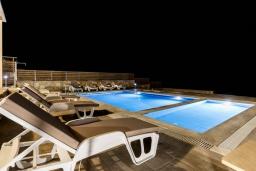 Бассейн. Греция, Превели : Современная вилла с бассейном и видом на море, 3 спальни, 3 ванные комнаты, барбекю, парковка, Wi-Fi