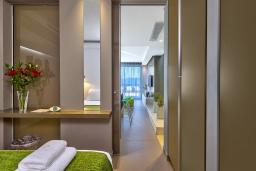 Спальня. Греция, Киссамос Кастели : Современная вилла с бассейном и видом на море, 2 спальни, 2 ванные комнаты, барбекю, парковка, Wi-Fi