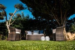 Патио. Греция, Милатос : Современная вилла с бассейном и двориком с барбекю, 3 спальни, 3 ванные комнаты, парковка, Wi-Fi