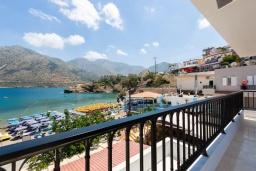 Балкон. Греция, Бали : Пляжный дом с барбекю и шикарным видом на море, 4 спальни, 2 ванные комнаты, Wi-Fi