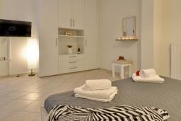 Спальня 3. Греция, Палеокастрица : Уютная вилла с зеленым двориком, 3 спальни, 3 ванные комнаты, парковка, Wi-Fi