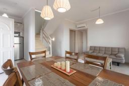 Гостиная. Греция, Барбати : Современная вилла с бассейном и шикарным видом на море, 3 спальни, 3 ванные комнаты, барбекю, парковка, Wi-Fi