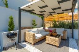 Патио. Греция, Барбати : Современная вилла с бассейном и шикарным видом на море, гостиная, отдельная спальня, барбекю, парковка, Wi-Fi
