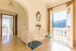 Коридор. Греция, Гимари : Уютный дом с видом на море, 2 спальни, парковка, Wi-Fi