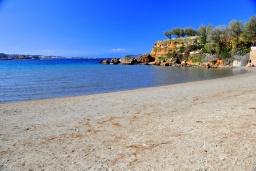 Пляж Каламаки (Галатас) в Ханье