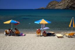 Пляж Алмирида, Сисес в Аделе
