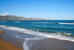 Пляж Амудара Гази в Айя Пелагия
