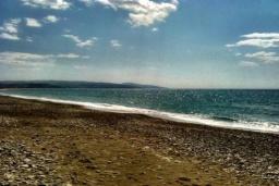 Пляж Коккинос Пиргос в Айя Пелагия