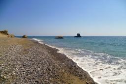 Пляж Арменопетра в Ираклионе