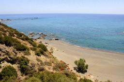 Пляж Пургонеро в Ираклионе