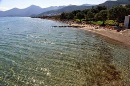 Пляж Тсифлики в Айос Николасе