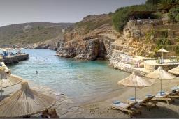 Пляж Пигадакия в Айос Николасе