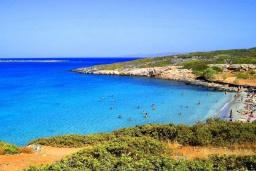 Пляж Колокита в Айос Николасе
