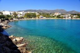 Пляж Амуди в Айос Николасе