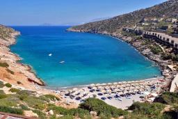 Пляж Вати (Критса) в Айос Николасе
