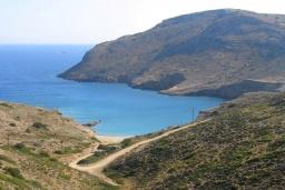 Пляж Маврос Кавос в Айос Николасе