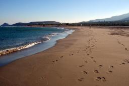 Пляж Алатсолимни в Айос Николасе