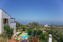 Вид на море. Греция, Аделе : Шикарная вилла с бассейном и видом на море, 2 спальни, 2 ванные комнаты, зеленый сад, барбекю, парковка, Wi-Fi
