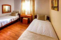 Спальня 4. Греция, Сиси : Роскошная вилла с бассейном и зеленым двориком, 6 спален, 2 ванные комнаты, барбекю, парковка, Wi-Fi