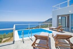 Греция, Плакиас : Современная вилла с бассейном и шикарным видом на море, 2 спальни, 2 ванные комнаты, парковка, Wi-Fi