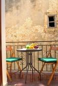 Балкон. Греция, Ретимно : Студия с балконом в 100 метрах от пляжа