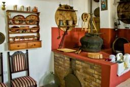 Гостиная. Греция, Гувес : Роскошная вилла с бассейном и двориком с барбекю, 5 спален, 5 ванных комнат, парковка, Wi-Fi