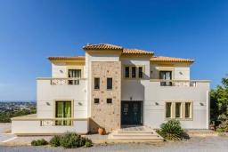 Фасад дома. Греция, Херсонисос : Роскошная вилла с видом на море, 4 спальни, 2 ванные комнаты, парковка, Wi-Fi